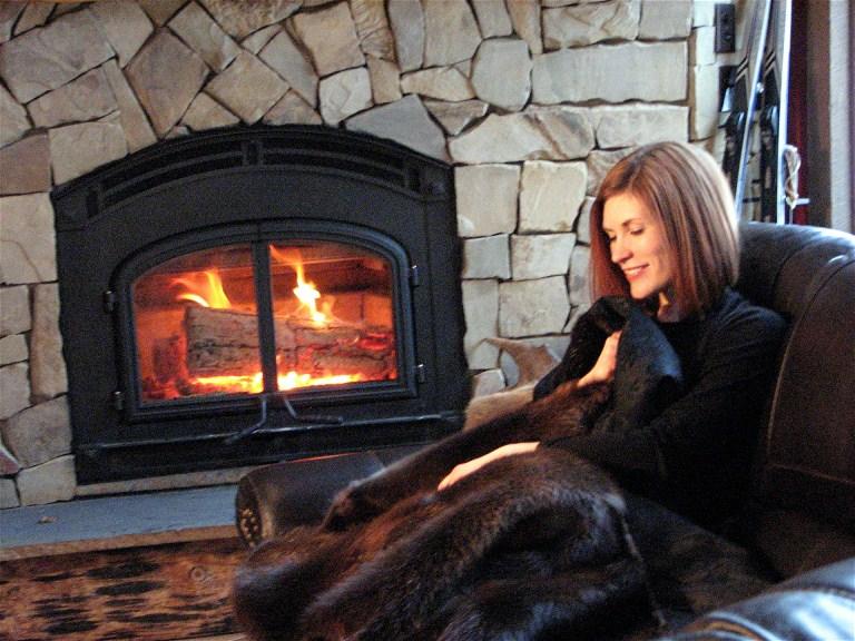 Fur Blankets & Throws