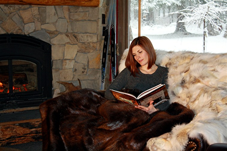 Fur Blankets & Fur Pillows