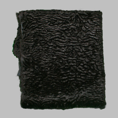 RABBIT FUR BLANKETS / PLATES - BLACK CARVED