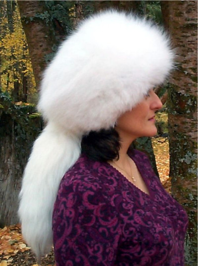 ARCTIC FOX FUR VOGUE HAT