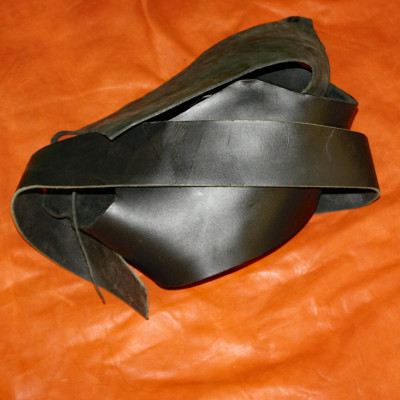 BLACK LATIGO LEATHER PIECES | TRIMMINGS | SCRAPS - 3 POUNDS