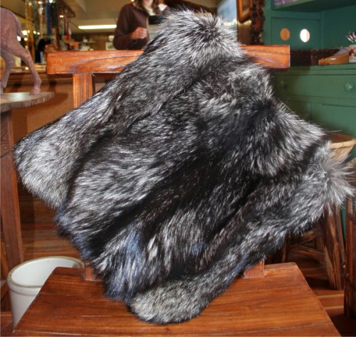 Glacier Wear Silver Fox Fur Pillows For Sale