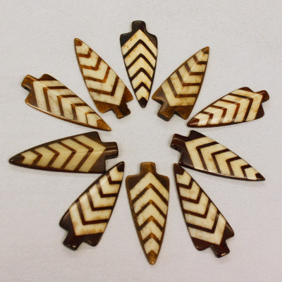 REAL BONE ARROWHEAD BEADS WITH DETAIL - (QTY 5)