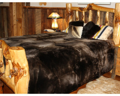 "NATURAL PLUCKED & SHEARED BEAVER FUR BLANKET COMFORTER 110"" x 92"""