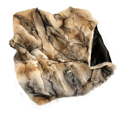 "NORTH EASTERN COYOTE FUR THROW BLANKET - 66"" x 72"""
