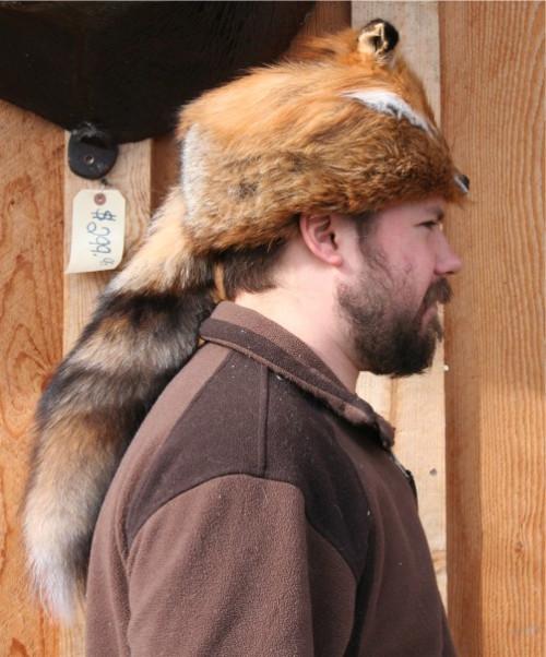 RED FOX FUR DAVY CROCKETT HAT
